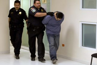Un sicario mexicano confesó que se llevaba a su esposa e hijos cuando ib...
