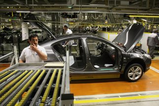 La producción de vehículos ligeros continúa presentando registros sin pr...