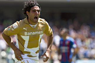 La 'Rata' Bravo lideró la goleada auriazul con sus dos anotaciones.
