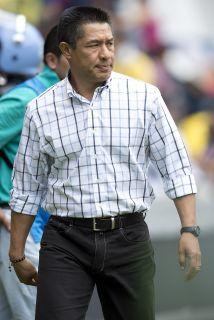 Querétaro perdió en su debut en el Apertura 2014 por 3 a 1 ante los Pumas.