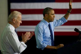 El presidente Barack Obama acompañado de Joe Biden.