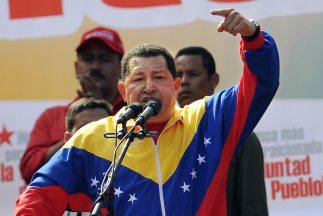 El presidente de Venezuela, Hugo Chávez, llegó esta madrugada a la Haban...