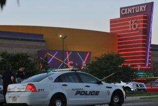 El atentado tuvo lugar en el cine Century 16, en el Aurora Mall, en Denv...