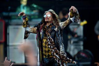 Aerosmith toca en la mayoría de sus conciertos éxitos de antaño.
