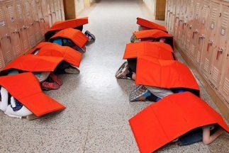Crean una frazada protectora que puede proteger a los niños de los escom...
