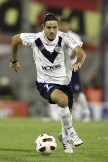 El delantero Juan Manuel Martínez, ex Vélez Sarsfield, se incorporará a...