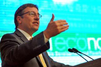 Achim Steiner, director ejecutivo del PNUMA, mencionó los esfuerzos de A...