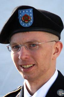 """Manning fue interrogado por los fiscales: """"Sí, señor"""", respondió cuando..."""