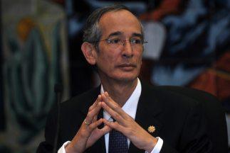 El presidente de Guatemala, Alvaro Colom, mostró profunda indignación po...