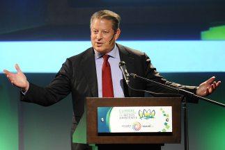 Al Gore vendió su cadena de televisión Current TV al canal de noticias A...
