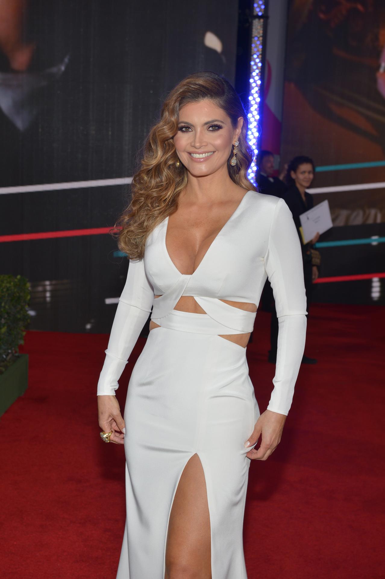Univision Latin Grammy 105