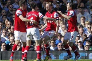 Mertesackerhizo el gol del triunfo del Arsenal.