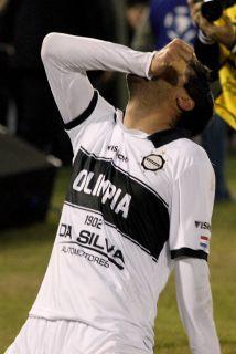 Con goles de Herminio Miranda (65 minutos, de penal) y Juan Carlos Ferre...