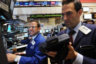 El Dow Jones sólo pudo lograr una ligera alza del 0.12%, con lo cual no...