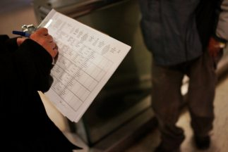 La cifra de desempleo bajó ligeramente en enero en Estados Unidos.