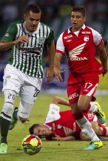 Santa Fe y Atlético Nacional empataron sin goles en el partido de ida de...