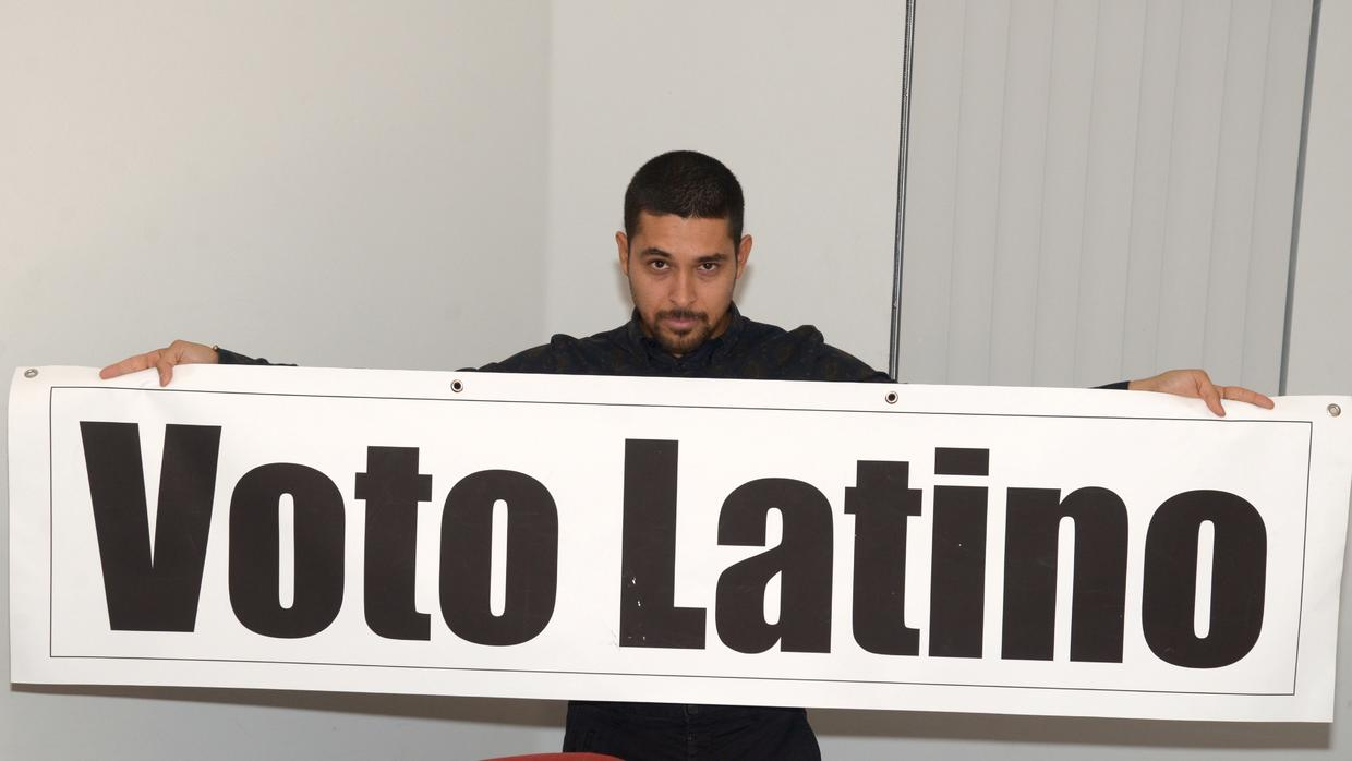 the latino vote In more than 20 years of hispanic marketing, i've heard this line over and over: the latino vote could tip the elections this year it's true the latino vote has helped tremendously for both.