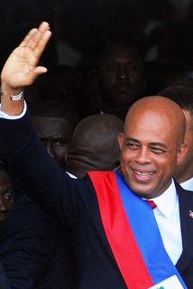 """El carismático cantante de música popular Michel """"Sweet Micky"""" Martelly..."""