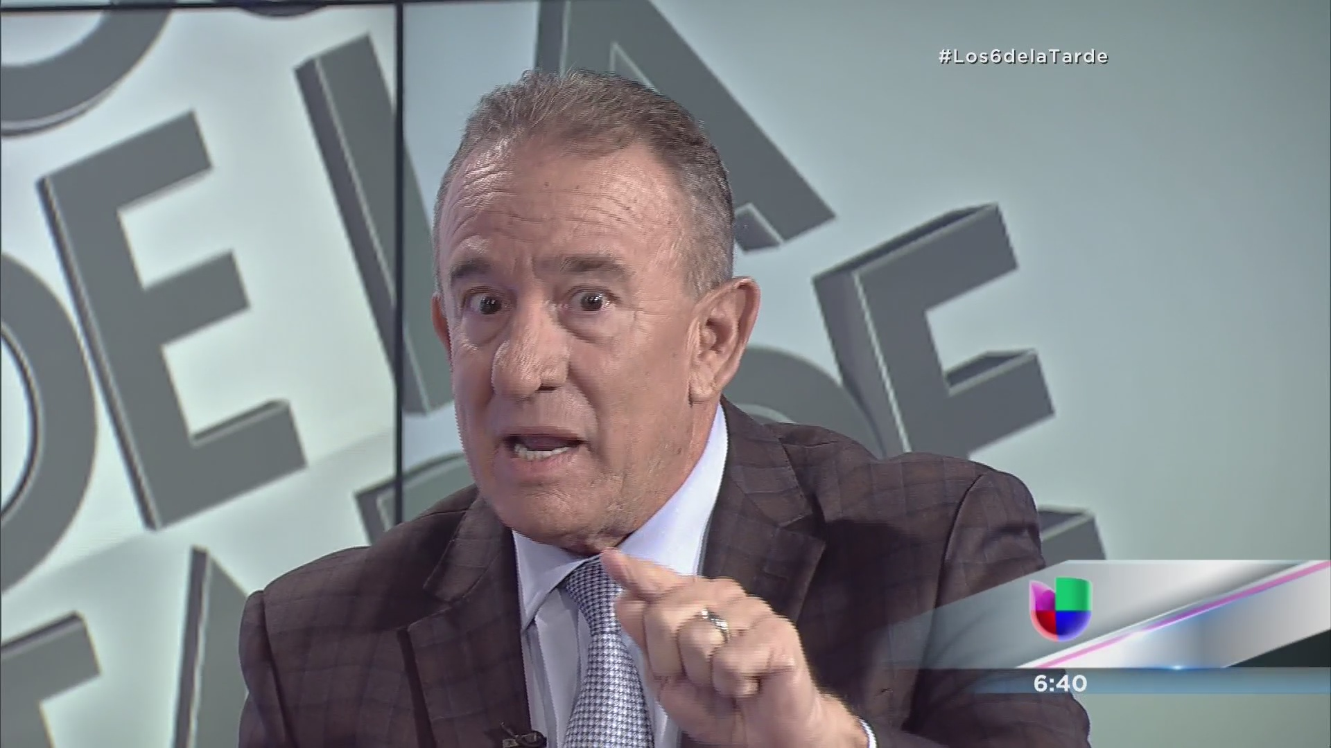 Se queda Manuel Cidre sin insignia en la papeleta - Univision ...