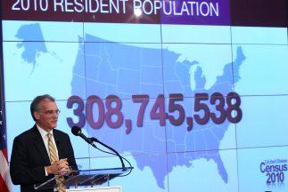 Robert Groves, director del Censo 2010, brinda el informe sobre el conte...
