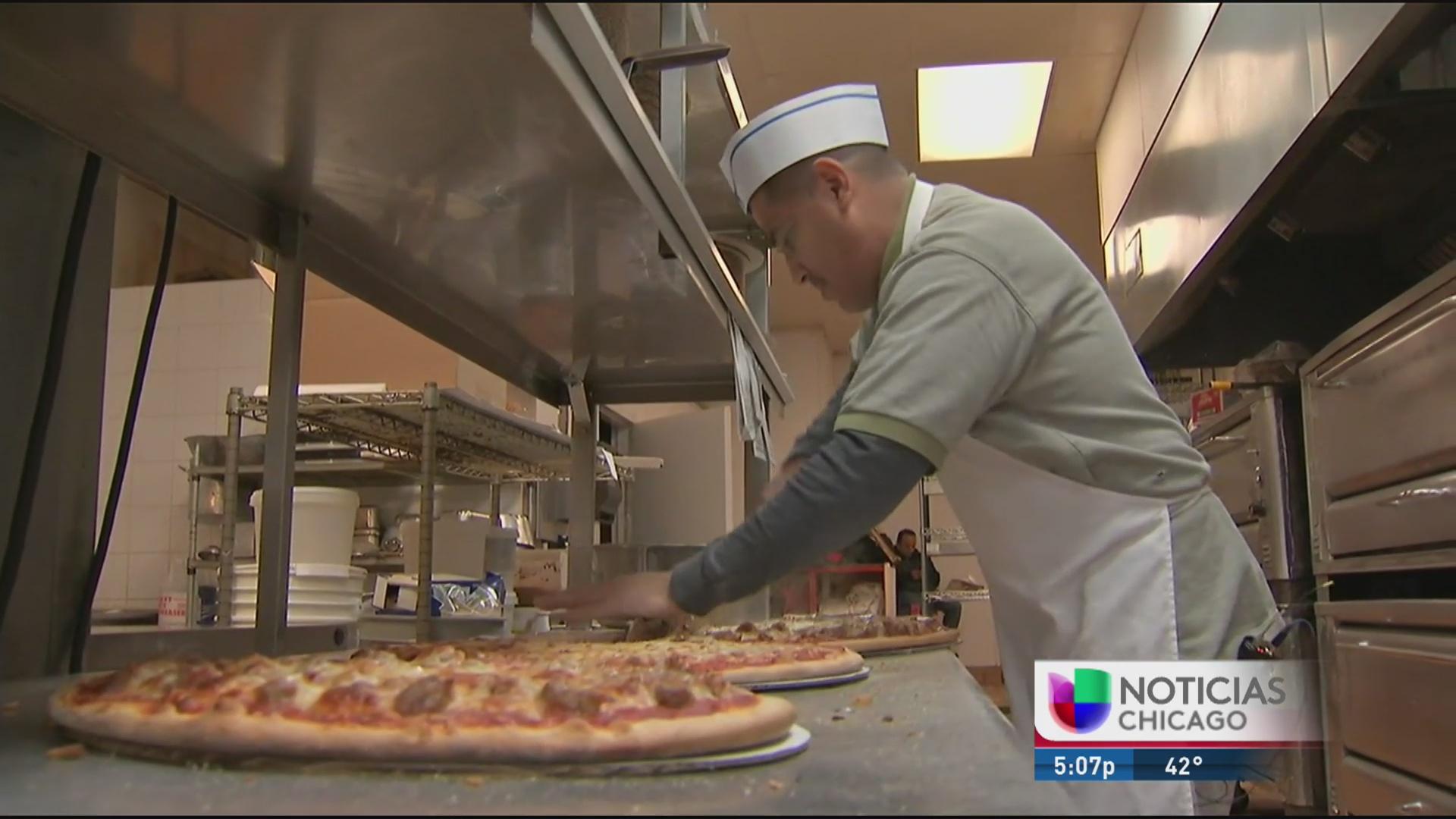 Las pizzerías se prepararon para el Super Bowl