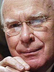 El Senador Patrick Leahy apoya una reforma migratoria con vía de legaliz...