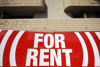 La ley municipal prohibe a los propietarios el alquiler de propiedades a...