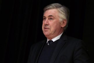 El entrenador del PSG dijo en tono de broma que un osible informe de Mou...