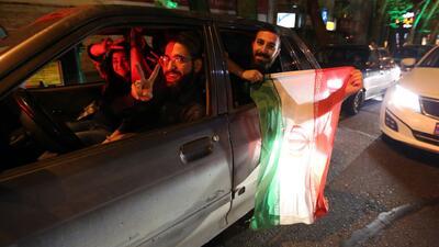Los iraníes celebran acuerdo preliminar sobre programa nuclear