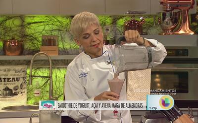Smoothie de Yogurt, Açai y Avena Maga de Almendras