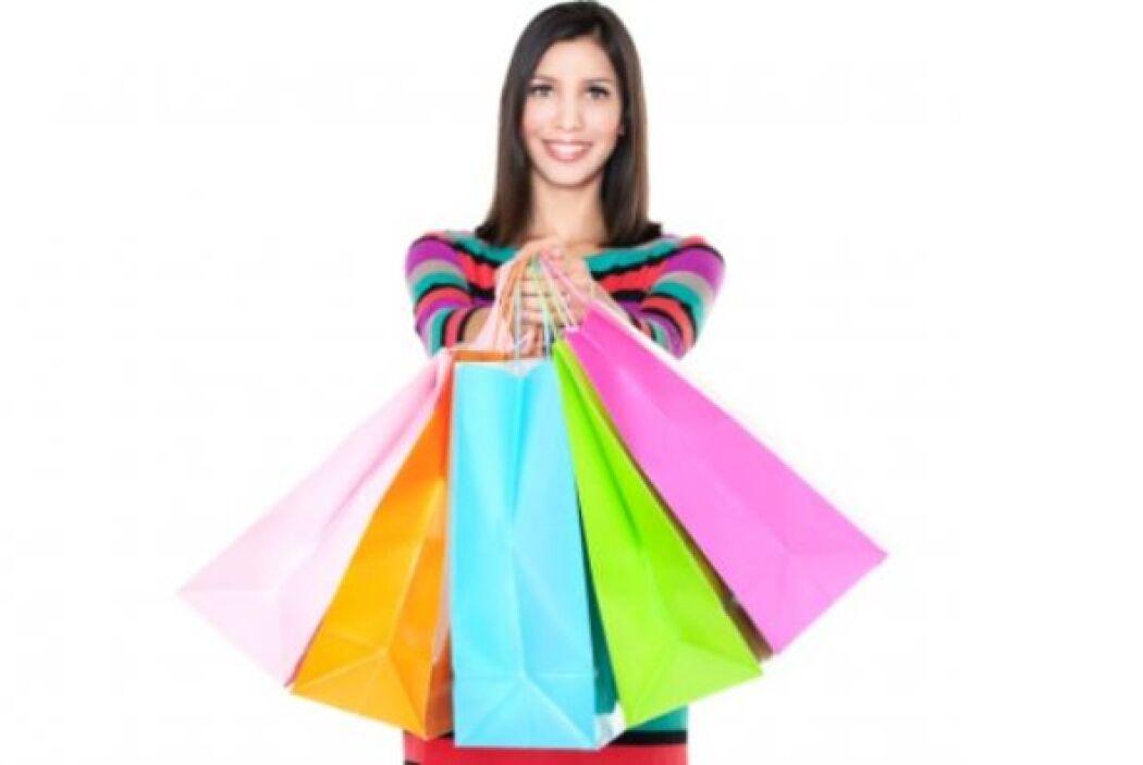 Comprar objetos que no necesitas y pagar extra por interés- Cada vez que...