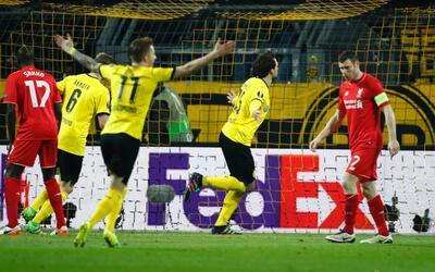 Mats Hummels empató el marcador ante Liverpool
