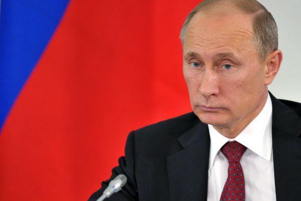 El presidente de Rusia, Vladimir Putin, confirma que el ex técnico de la...