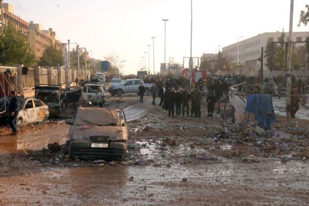 El segundo coche bomba estuvo dirigido contra una oficina de seguridad d...