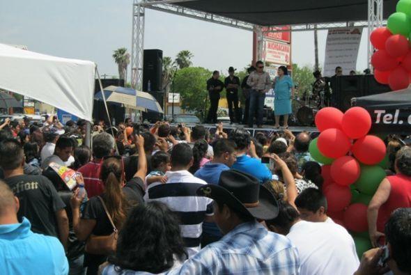 Raúl Brindis y Carmen Salinas fueron invitados de honor en Pharr, Texas...