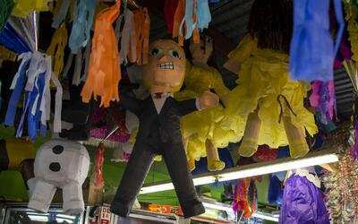 Dalton Ramírez, el hombre detrás de creativas piñatas con la imagen del...