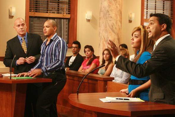 Según el demandante, debido a que Denisse comenzó a estudi...