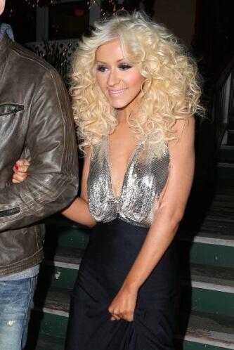 Pero Christina Aguilera no se quiso quedar atrás y nos motivó a incluirl...