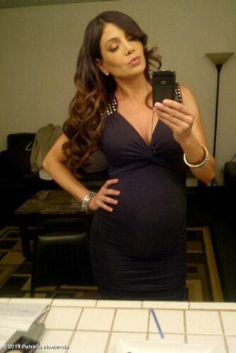 Paty también está poniendo al tanto a sus fans del avance de su embarazo...