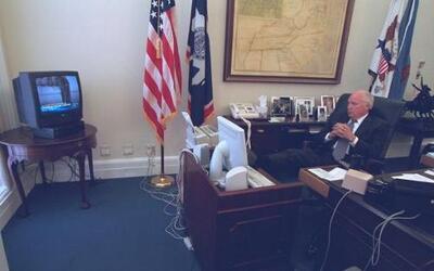 Imágenes nunca antes vistas de la Casa Blanca tras los atentados del 9/1...