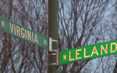 Una mujer hispana termina en el hospital tras balacera en un vecindario...