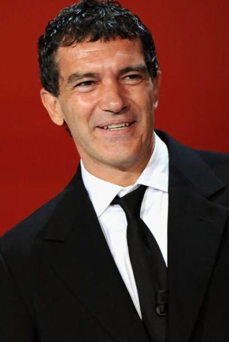 ANTONIO BANDERAS - Su verdadero nombre es Antonio Domínguez Banderas y n...