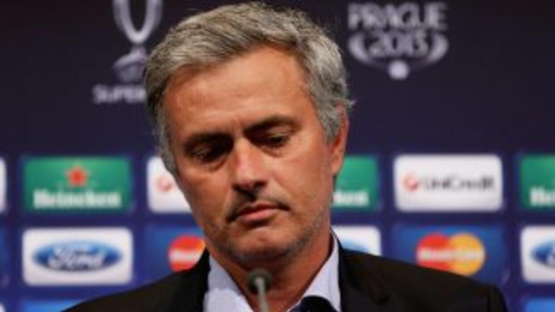 El entrenador de los 'Blues' evitó hablar de las decisiones de Ancelotti...