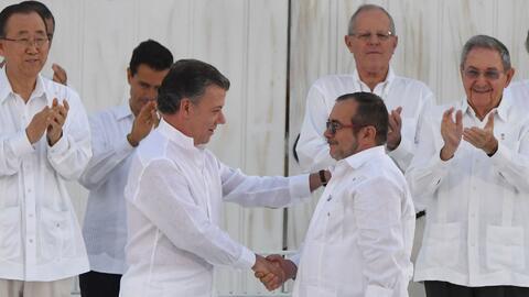 Con un 'balígrafo' se firmó la paz en Colombia