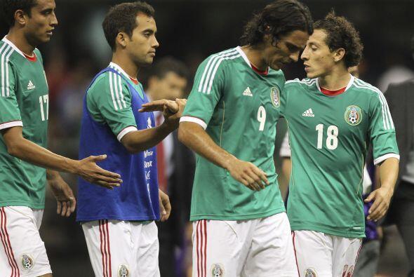 Giovani dos Santos, Andrés Guardado o Pablo Barrera tienen todo p...