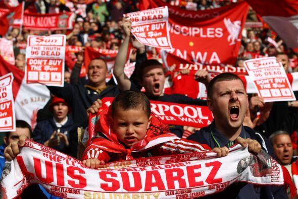 Los fanáticos de los 'Reds' llegaron desde temprano.