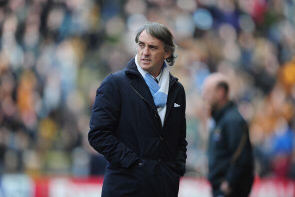 Roberto Mancini y su equipo se colocaron a tres puntos del United, con t...