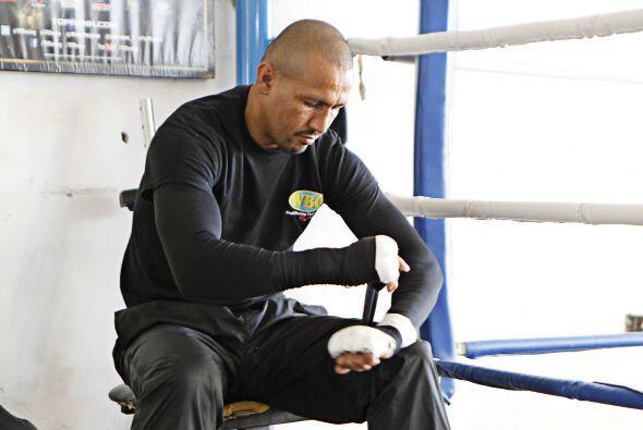 Orlando Salido, realizó un entrenamiento para la prensa, rumbo a...