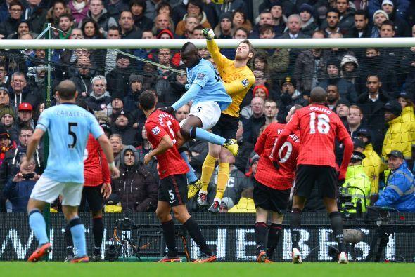 El portero tuvo una destacada actuación en el 'derby' de Manchester ante...