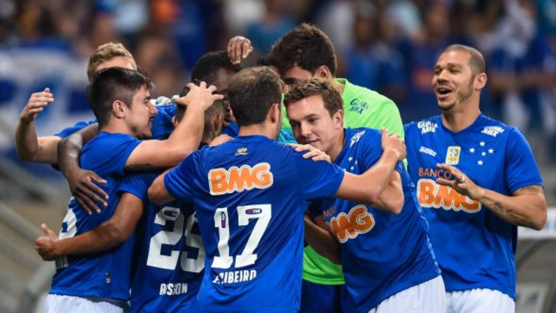 Alisson y Marcelo Moreno dieron el triunfo al Cruzeiro y se afianza en e...